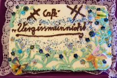 Vergissmeinnicht-Torte zur Caféeröffnung